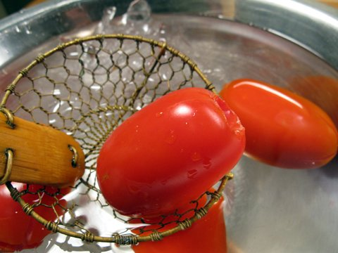 how-to-peel-a-tomato4