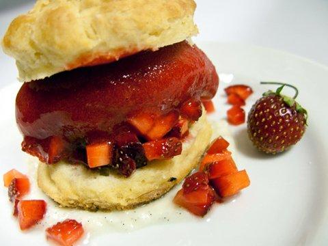 strawberry-shortcake_topper